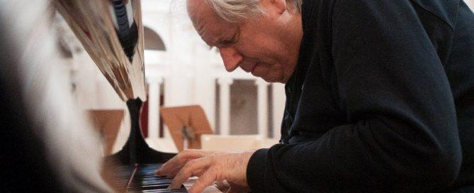 Grigory-Sokolov-concerto-pianoforte-Torino-Unione-Musicale-col05SLIDER