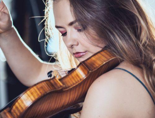La violinista moldava Alexandra Conunova butta all'Unione Musicale (4/3/2020) – Comunicato stampa